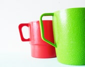 Bright Vintage Picnic Cups / Set of Mismatched Colorful Mod Mugs / Happy Vintage Cups - AmeliaBedeliaVintage