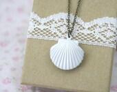 Sea Shell Locket Necklace Seashell
