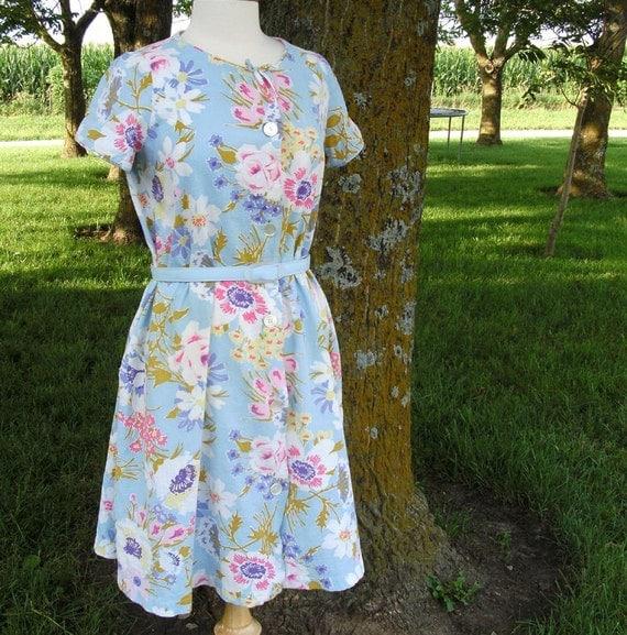 Floral Cotton Dress Vintage Cotton Pique House Dress Vintage Maternity Dress -- size small