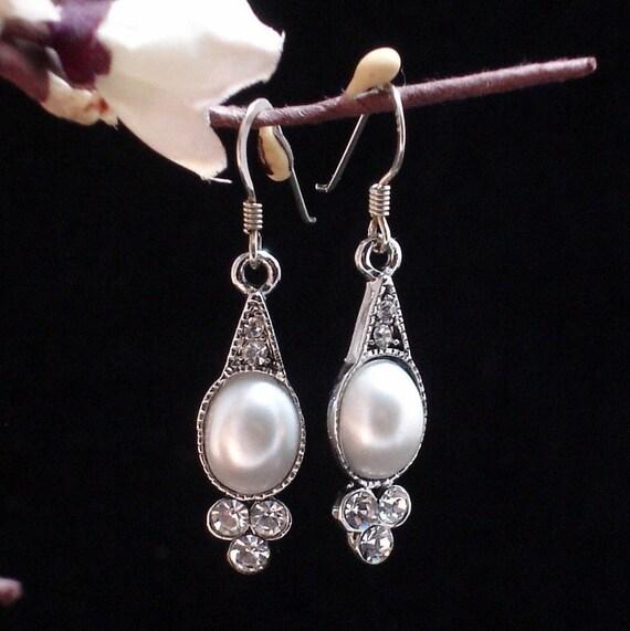 Bridal earrings wedding Earrings Mae er1033 beautiful pearl and crystal wedding earrings deco Silver crystal great bridesmaids earrings