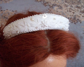 Nupcial Wedding Embroidered beaded matte satin small crown