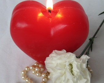 BIG RED HEART Candle