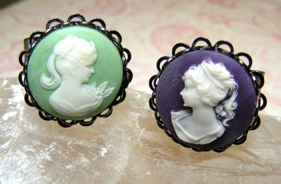 Gorgeous Mint Green Cameo Ring in Charcoal Gray Scalloped Gunmetal Setting