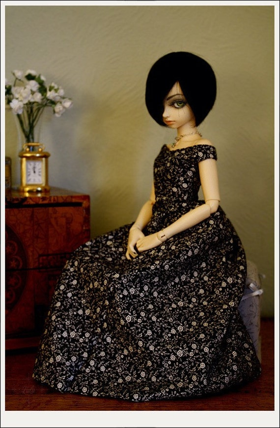 Lucy - A Victorian Daydress Sewing pattern for 45cm abjds