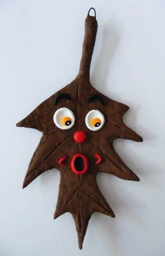 Autumn Pin Oak Leaf Folk Art Ornament