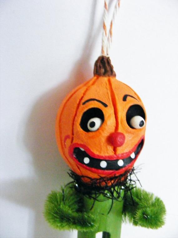 Vintage Stlye Pumpkin Head Folk Art Ornament