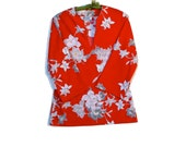 70s Vintage Knit Tunic Top Red White Gray Floral Ladies Small Medium cij