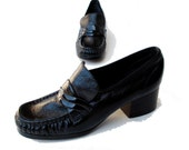 Mod 60s Vintage Patent Leather Shoes size 5 B Black Crinkle Uppers Naturalizer Chunky Heels