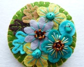 FB063 -  Japanese Art Inspired Handmade Mini Felt Brooch - Olive - Made to order