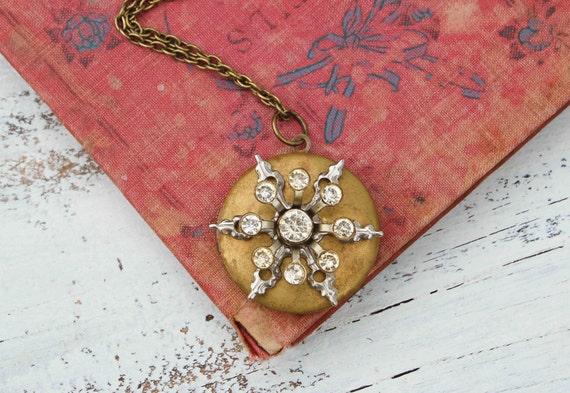 SNOWFLAKE Locket Necklace Rhinestone Victorian Winter Holiday Jewelry
