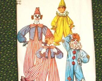 Vintage 70s Clown Suit Vintage Sewing Patterns  Adult large 40-42 inches