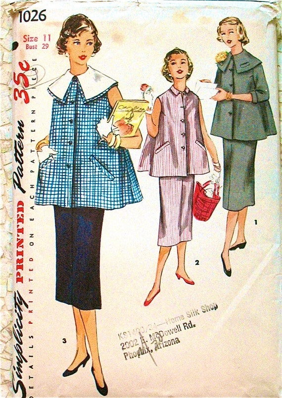 Vintage 1950s sewing pattern.  Simplicity 1026 Maternity outfit. Small.