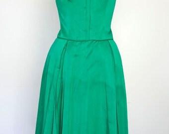 EMERALD CITY // green silk  1950s dress S