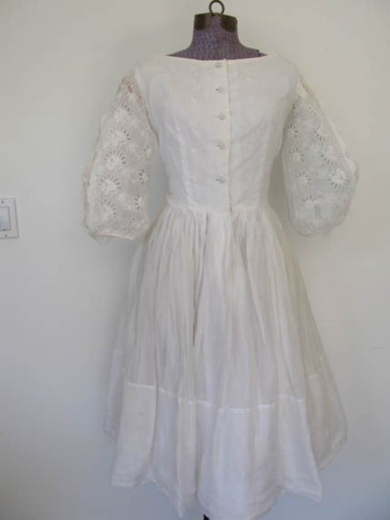 CLOUD NINE // white cotton lace puffy split sleeve 1950s dress S / M