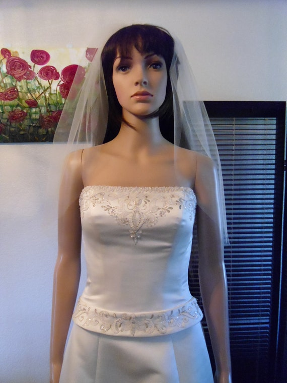 Wedding Short and Sheer Veil Blusher Cut Edge Elbow Length CE26X50