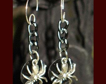 Dangling Spider Dark Moon Halloween Pierced Earrings