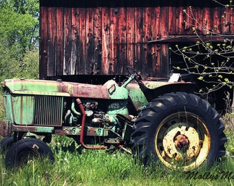 Old John Deere Tractor Photo, Farmhouse Art Decor, Boys Country Bedroom, Rustic Home, Green Farm Tractor
