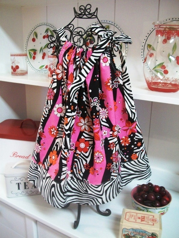 Pillowcase Dress Pattern, PDF Easy Sewing Pattern, Pillow Case Dress, Sew Easy by Footloosefancyfree Clothing