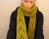 KNITTING PATTERN // Beatrice // super bulky lace scarf PDF
