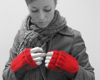 KNITTING PATTERN // Red is Best mittens // worsted pop top gloves -- PDF