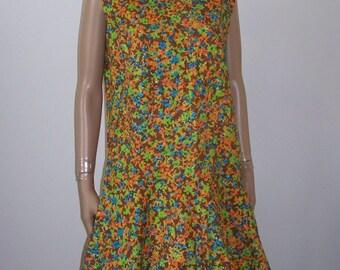 60s Mod Vintage Floral Sleeveless  Cotton Hourglass Shift Women's Dress