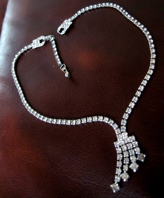 Vintage Dangle Necklace  Art Deco Rhinestone Crystal
