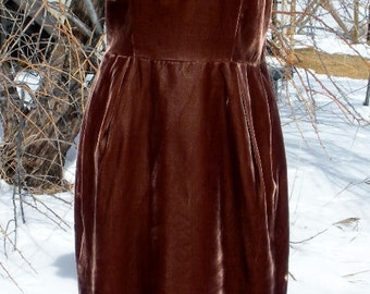 YUMMY Chocolate Brown VELVET VIntage 1960s Wiggle Dress with Bow - L
