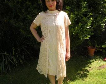 1950s-60s Vintage Light Peach Lacy Cocktail Dress Plus Size (X-Large)