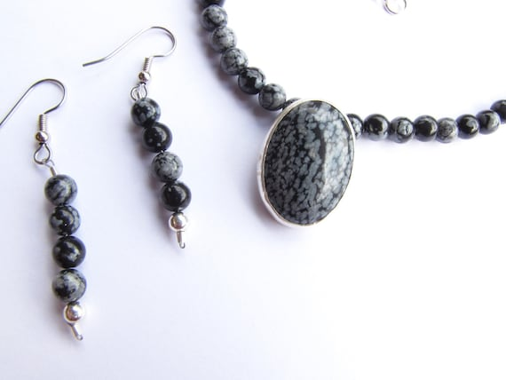 Snowflake obsidian necklace and earrings set, black and white.   28