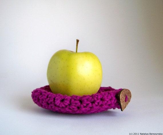 Crochet Apple Cozy in Berry, Fruit Cozy - Farm Garden - Cotton Lunch Magenta Purple Pink Grape Plum - theteam oht