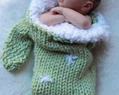 Big Knit Newborn Baby Mitten Cocoon Photo Prop Christmas Stocking in Green