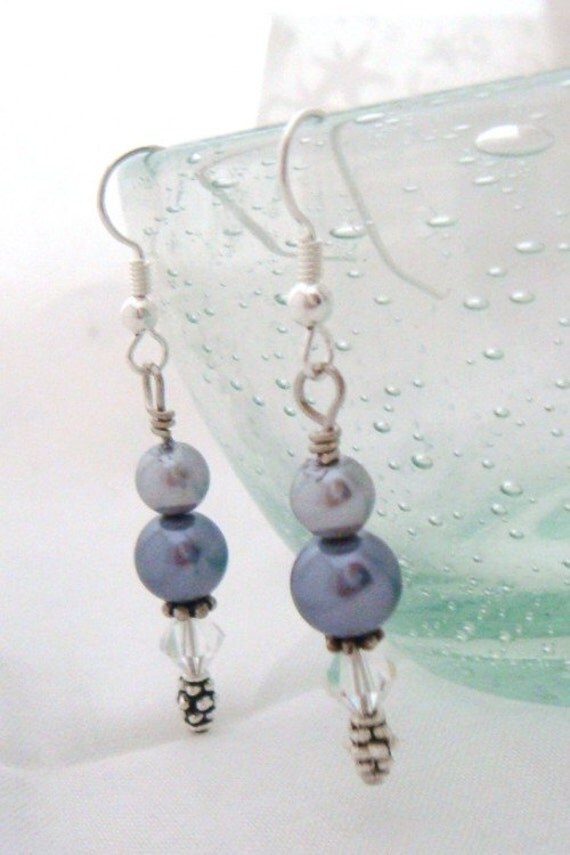 Drops of Jupiter Glass Pearl and Swarovski Earrings Grey 115E