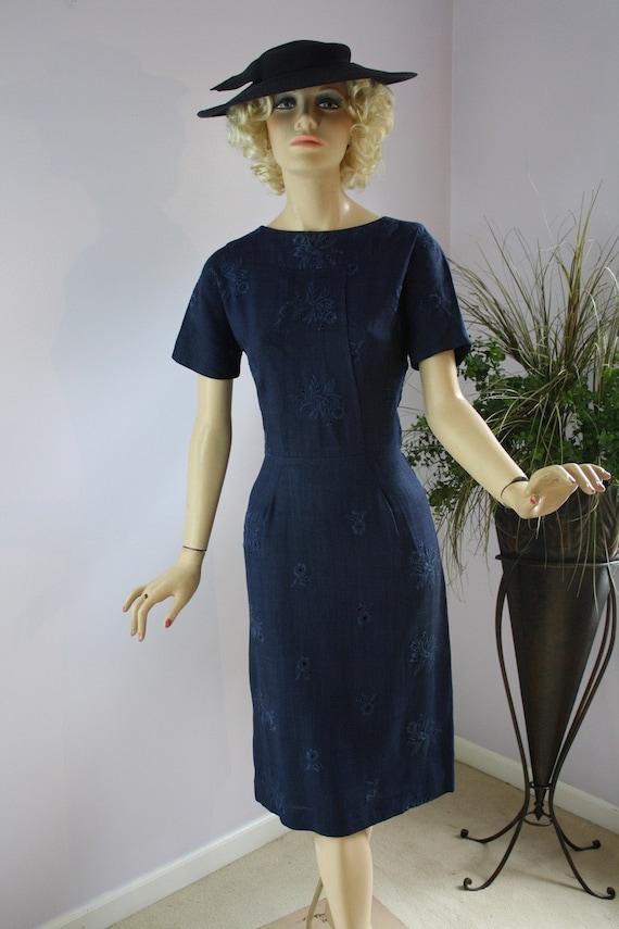 Vintage 50s Day Dress Navy Blue Eyelet Linen Embroidered Floral  Dress