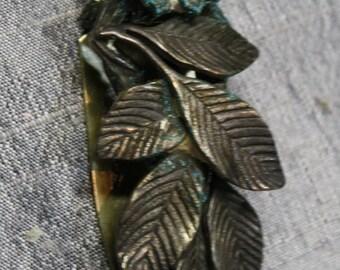 Vintage 1918 Silver Art Deco Fur Clip