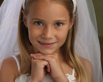 First Communion Headband Veil, Holy Communion Veil - THE GRETA - Lace, Pearls and Swarovski Crystals