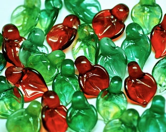 handmade lampwork glass beads christmas holly small leaves set of 15 boro glass beads in red and green by Paulbead