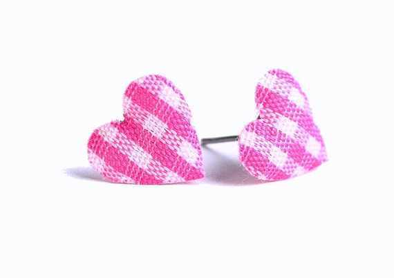 Hot pink and white plaid padded heart fabric stud earrings (317) - Flat rate shipping