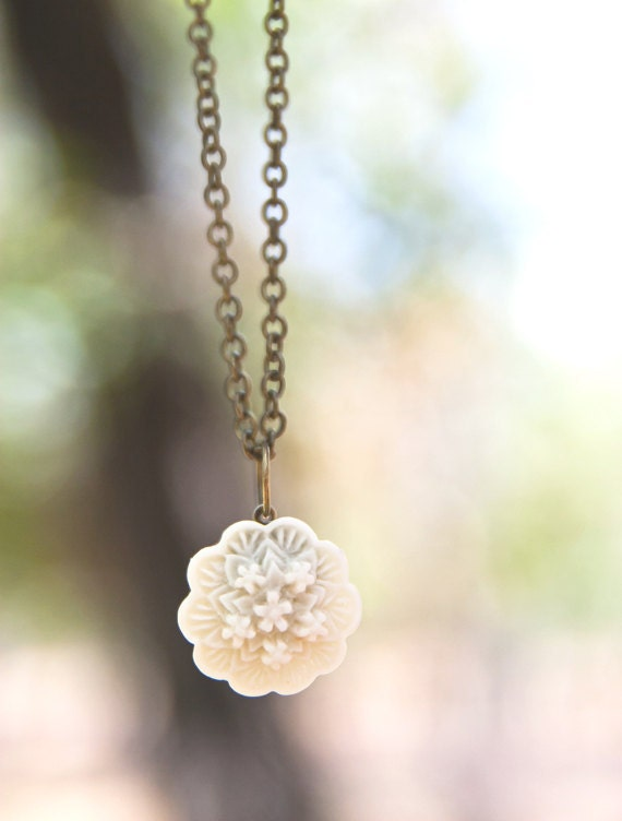 20 PERCENT OFF SALE last one- Ivory-Cream Rose Flower Necklace Perfect Bridesmaid Gift or Maid of Honor Gift - Pure
