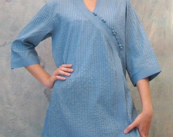 SALE 29 USD--B205--Love at first sight (Cotton blouse with pleats)