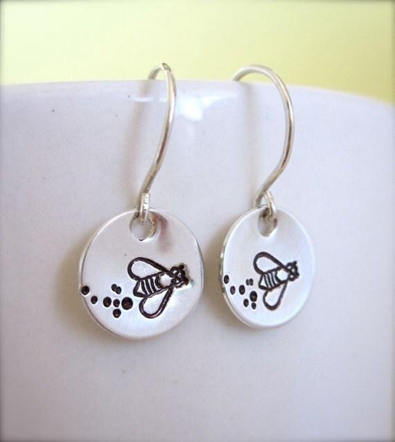 Bumble Bee earrings, silver honey bee earrings, hand stamped bee earrings, queen bee earrings, flying bee earrings, handstamped jewelry
