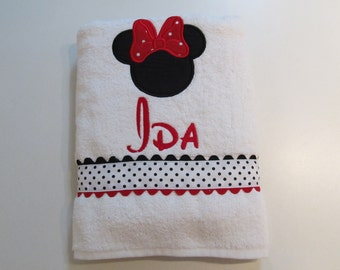 Girls, White Bath, Pool, Beach Towel with Minnie Mouse Applique, with Disney Font Monogram