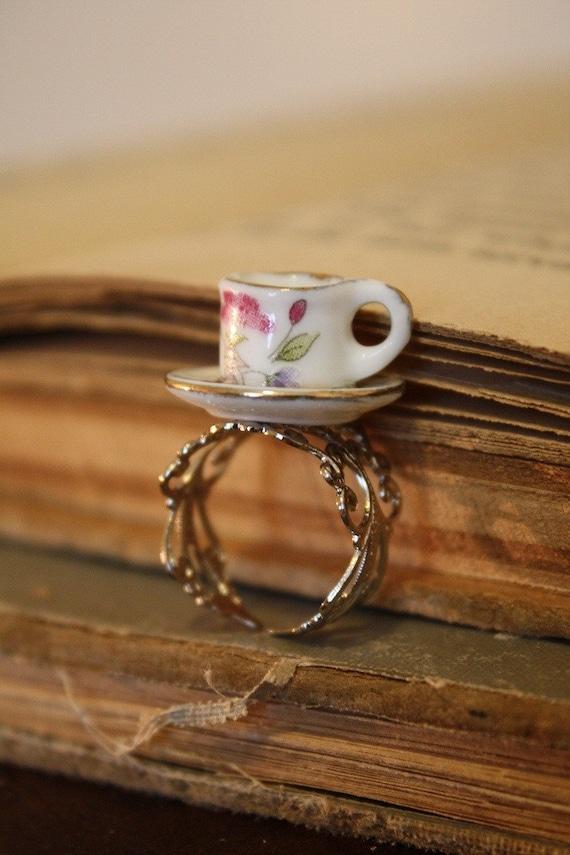 Alice in Wonderland Tea Cup Ring