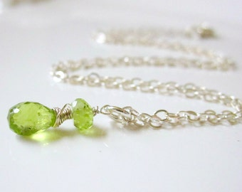 Peridot Necklace, Sterling Silver Peridot Jewelry, Lime Green Necklace, Delicate Necklace, August Birthstone Pendant, Petite Jewelry