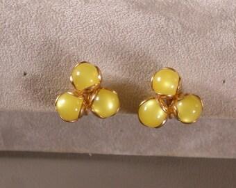 Vintage Lemon Yellow Screw On Earrings