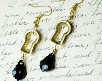 Steampunk Earrings - Gold Keyhole Antique Hardware Jewelry
