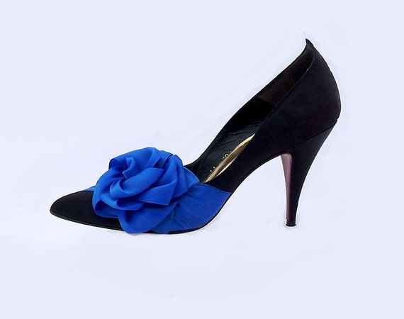 SALE Vintage 80s STILETTOS by Beverly Feldman Size 10 Sapphire Blue on Black  Hollywood Glamour