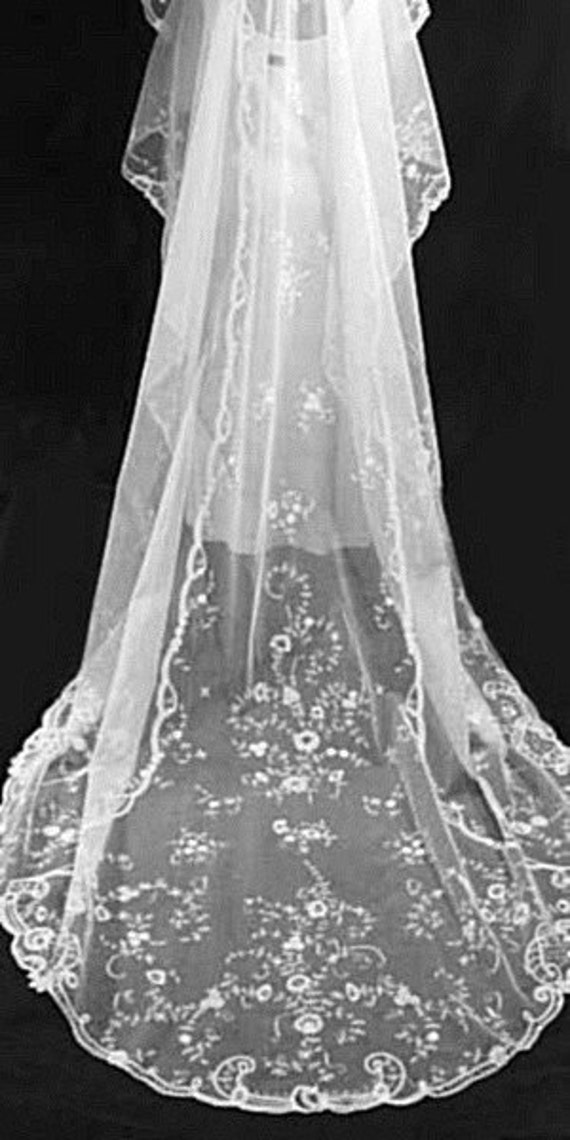 Beautiful 1920's Vintage Antique, French, Brussels, Princess Lace, Long Wedding Bridal Veil