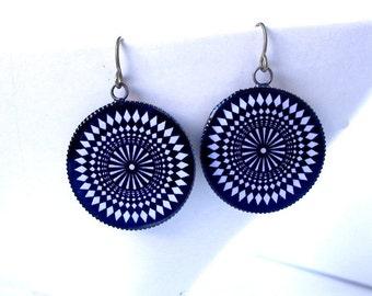 Psychedelic 1960s Mod Op-Art Earrings, Black and White Mandala UV Reactive Jewelry, Hippie Raver Burner