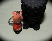 Vintage 60s Weirdo Hillbilly Come a Courtin Mouse Key Ring NOS -on sale-