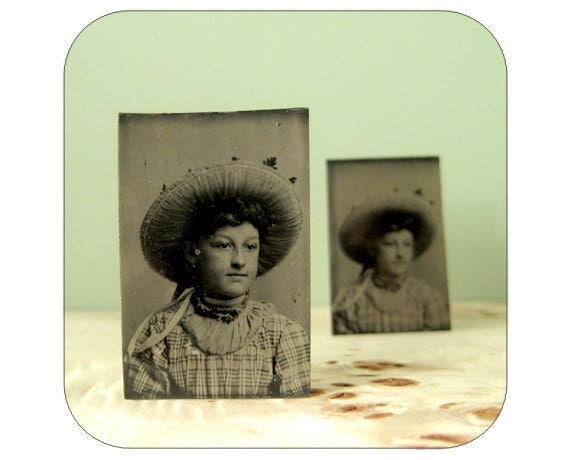 Antique Tintype - Portrait of a Young Girl - Qty 1 - Lot 1202
